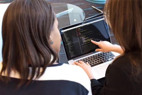 Software & Hitech